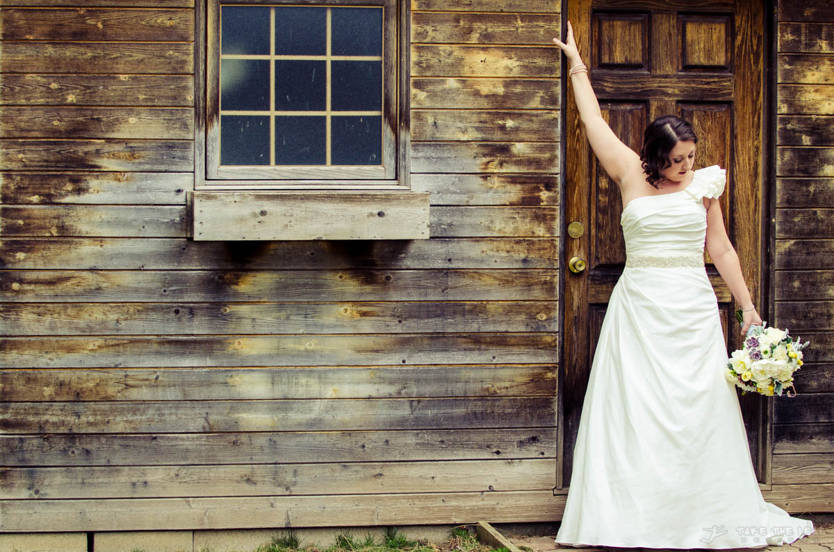 This is the teaser I posted a while back, of Jen, her dress and the shed.