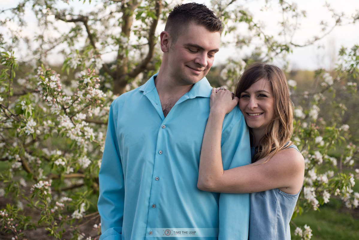 corey-rebecca-engagement-may-2016-0062-myers-apple-farm-copetown