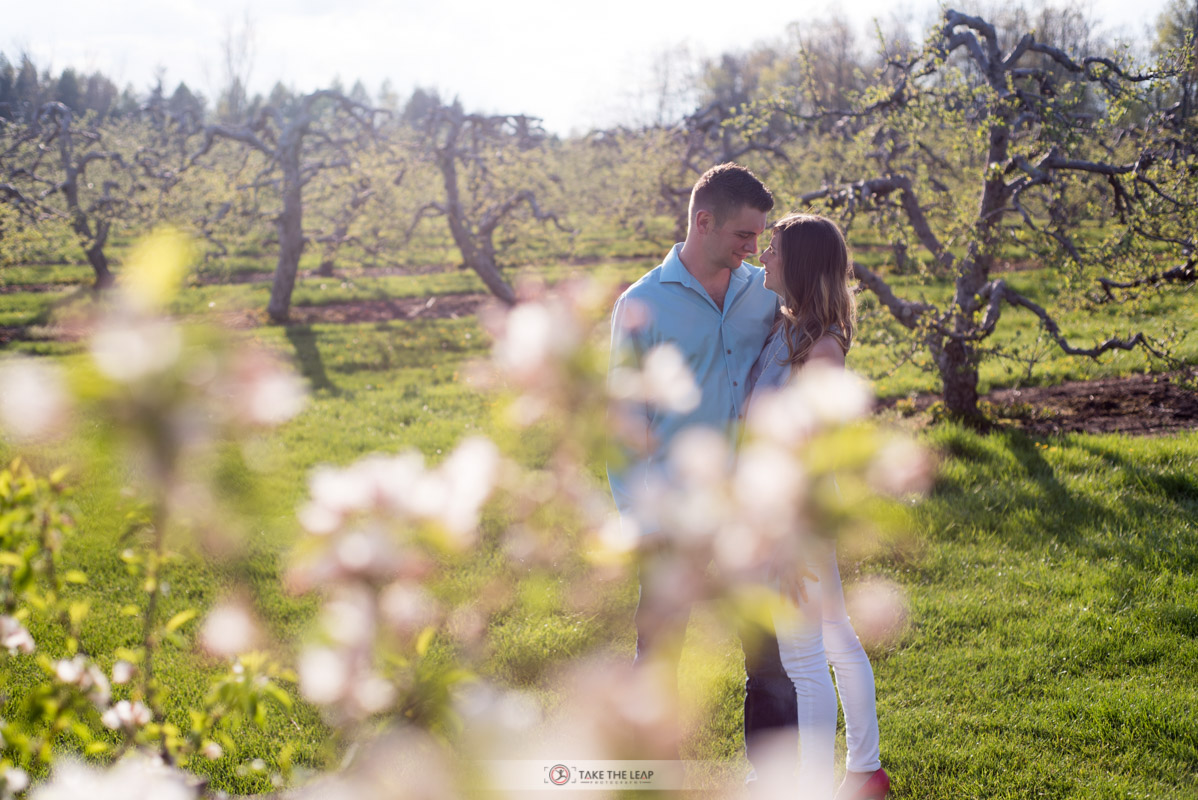 corey-rebecca-engagement-may-2016-0066-myers-apple-farm-copetown
